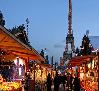 Mercatino-di-Natale-del-Trocadero-Parigi-Francia.-Author-Dalbera.-Licensed-under-the-Creative-Commons-Attribution-601x330