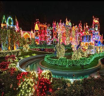 Colorful-Disneyland-Night-Christmas-Decorations